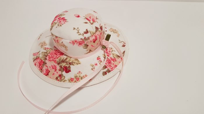 Μπομπονιέρα καπελάκι Floral για κορίτσι.