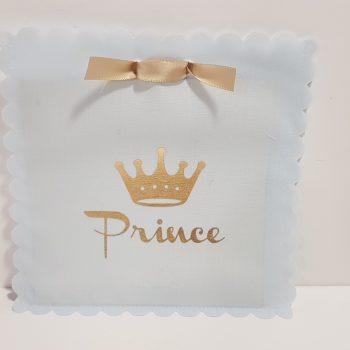 Φάκελος σιέλ με χρυσή κορώνα Prince.