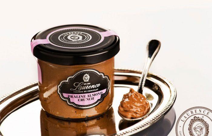 Γλυκά και κεράσματα σοκολάτας